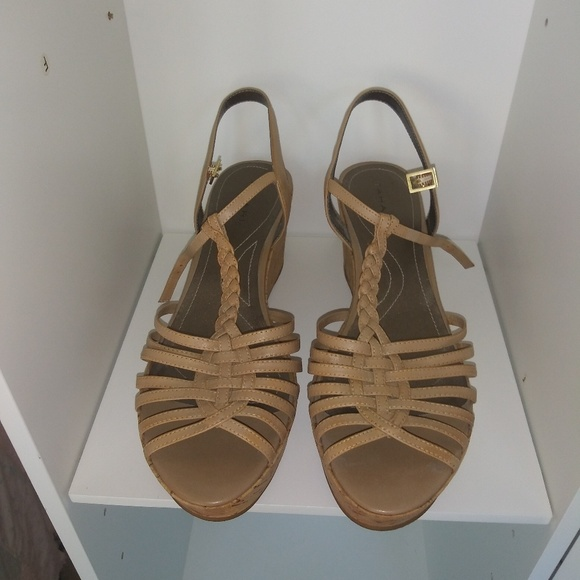 Tahari Shoes - Shoes